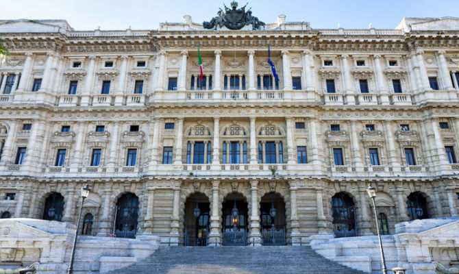 "Il ""Palazzaccio"" , sede dei tribunali  photo credit: turismo.it"