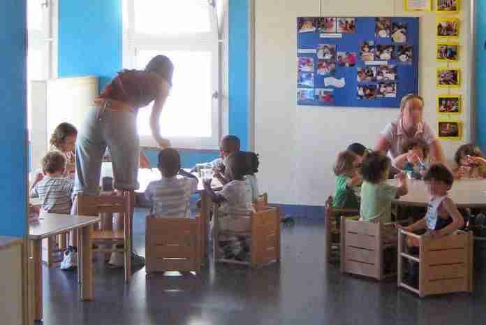 Roma: la protesta degli insegnanti di nidi e materne