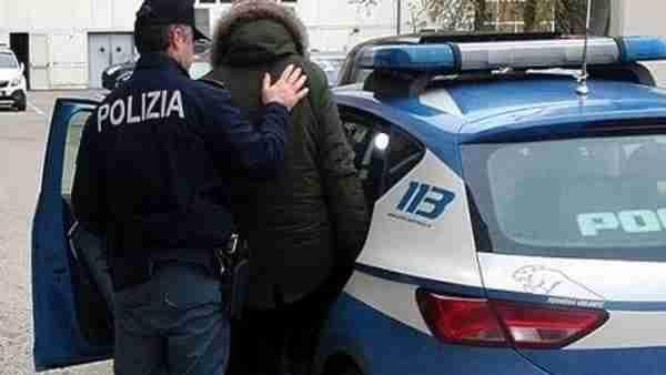 """Truffa """"Rip deal"""": arrestati 3 membri della banda che raggirò un tedesco"""