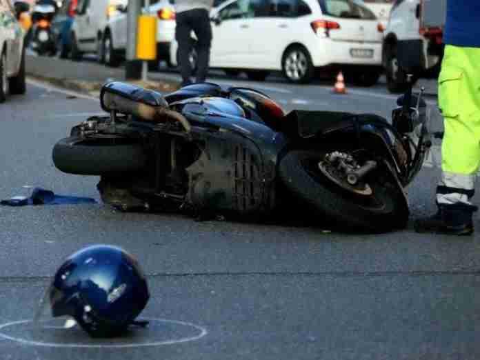 Incidente sulla Nomentana: scontro letale tra auto e moto