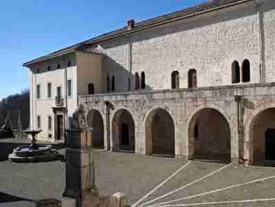 Nella foto centro storico di Collepardo Frosinone  photo credit: economiaitaliana.it